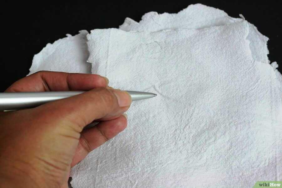 рисовать можно и на самодельной бумаге, а потом ее опять переработать