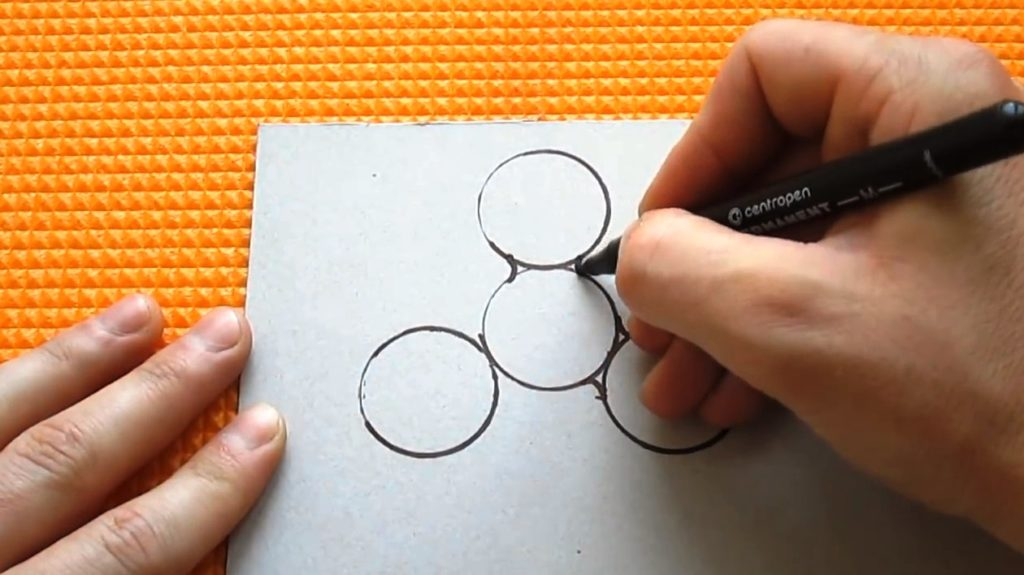 маркером рисуем чертеж спиннера