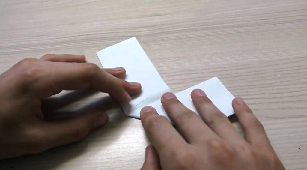 складываем бумагу для самоделки