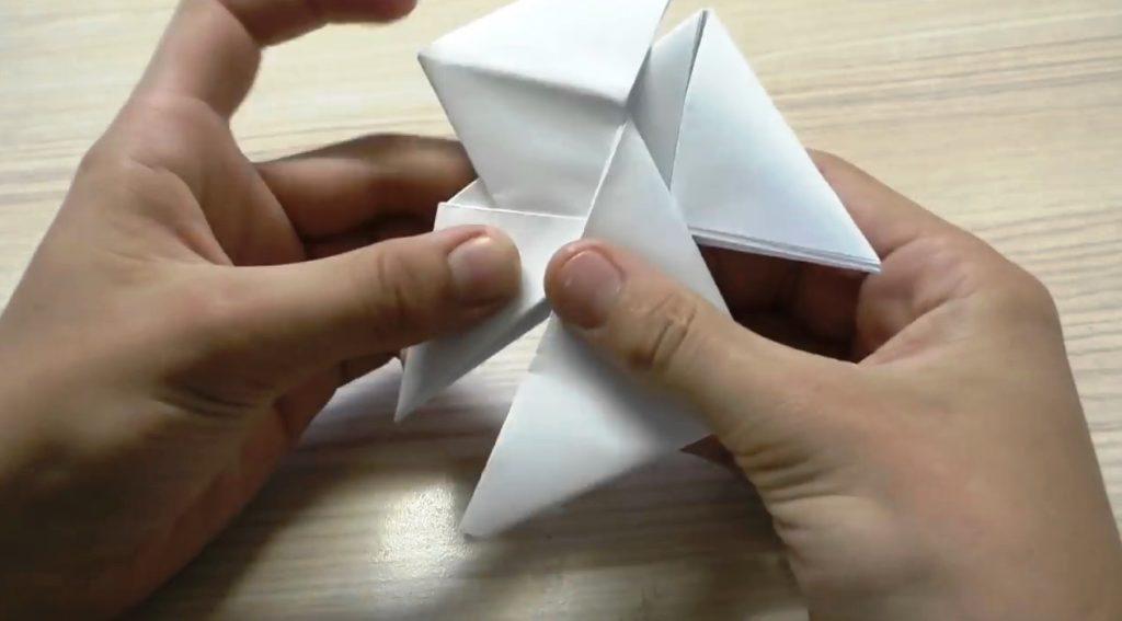 быстрый спиннер можно сделать даже из бумаги
