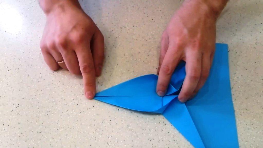 Как сделать самолет из бумаги на 100 метров полета