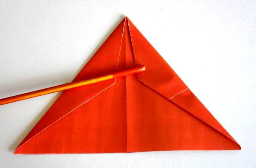 сделать треугольник в сечении