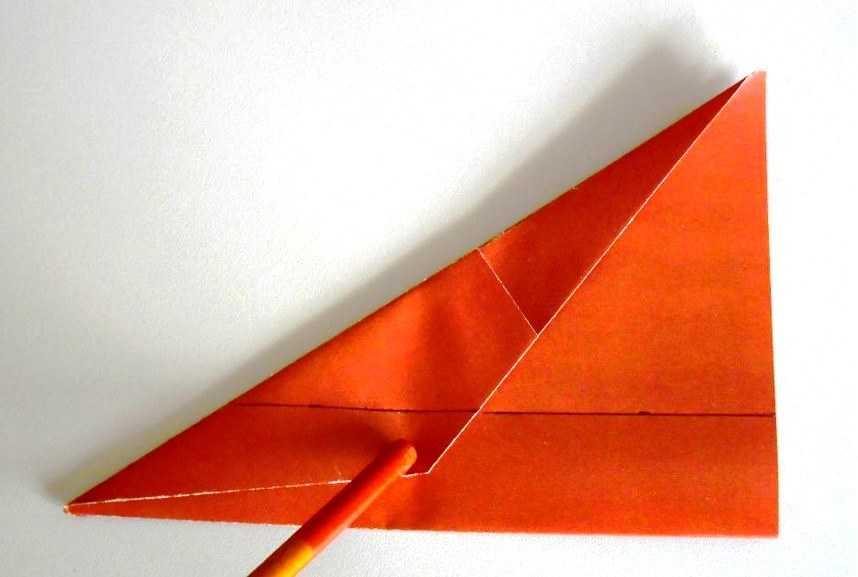 Как сделать самолет из бумаги на 100 метров полета на паре