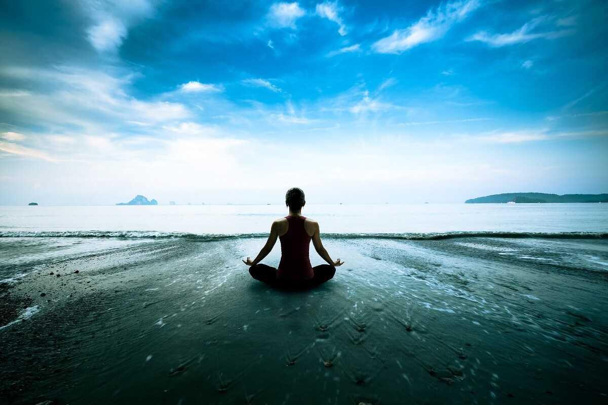 Письмо на бумаге для медитации