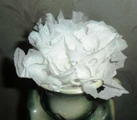 необычная роза из салфеток