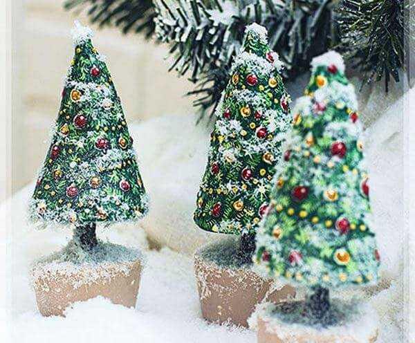 papier-mâché for Christmas