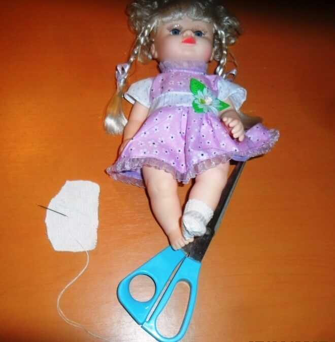 с куклами любят играть девочки