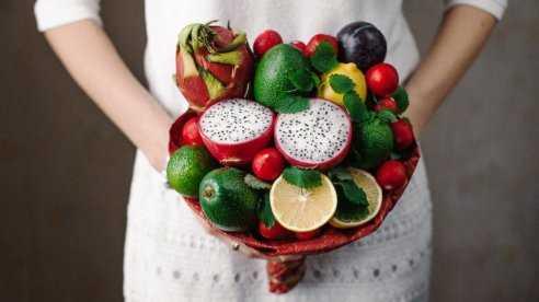 Как сделать букет из фруктов своими руками
